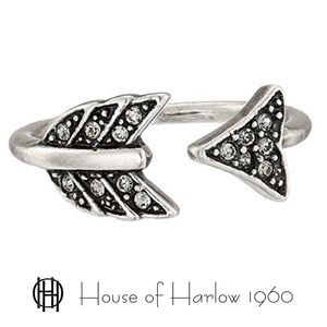 🆕 House of Harlow 1960 Arrow Affair Ring One Size